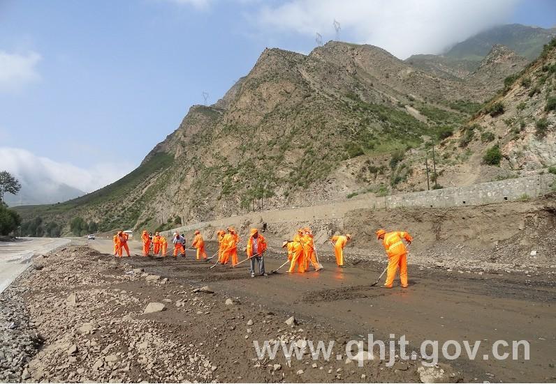 [青海]倒淌河至共和高速公路工程d合同段遭受强降雨 大面积设施遭水毁