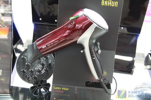 ...电吹风,该电吹风是专为染后发设计,具有独特的护发负离子功能...