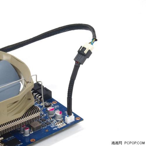 而显卡散热器只提供普通4pin的