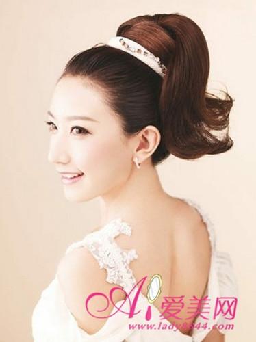 最美夏季花嫁 时尚新娘发型展优雅