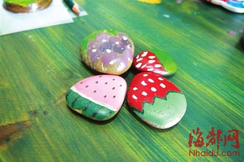 水果主题的石头彩绘