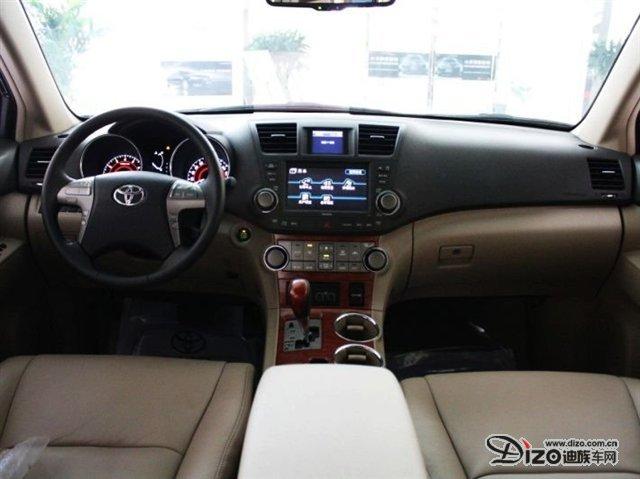 """""""舒适""""的中型SUV,汉兰达的市场定位非常明确,是一款在凯美瑞-"""