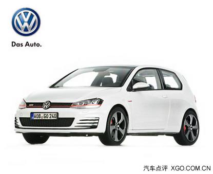 还有深蓝金属漆高尔夫四门汽车模型(1:18)和多色尚酷