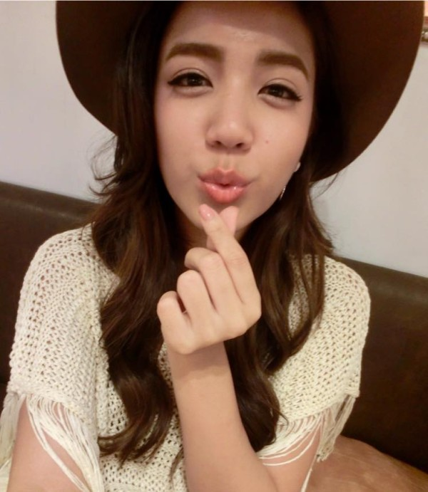 台湾混血美女雷瑟琳 俏皮可爱让人爱