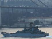 俄战舰过海峡