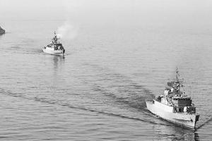 伊朗扣押两艘美船只及10名士兵